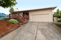 15085 SW Sunset Ct, Sherwood, OR 97140